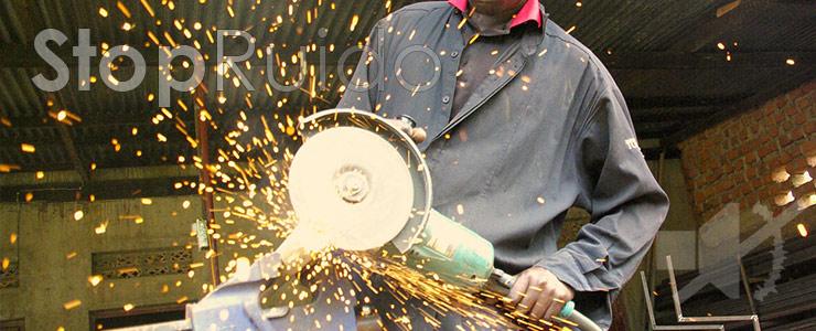 Las enfermedades profesionales y daños por ruidos son responsabilidad civil y penal del empresario